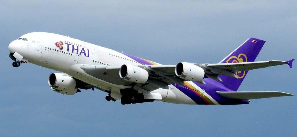 Beschäftigungen auf dem langen Flug nach Thailand