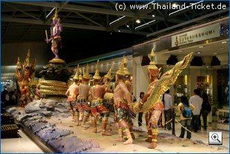 Flughafen Bangkok Suvarnabumi Check-In und Dutty Free Bereich
